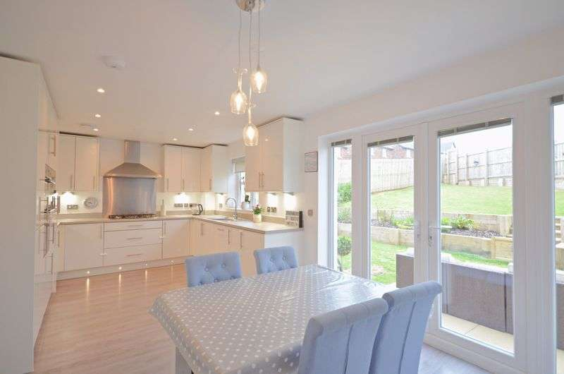 4 Bedrooms Property for sale in Clarendon Drive, Whitehaven