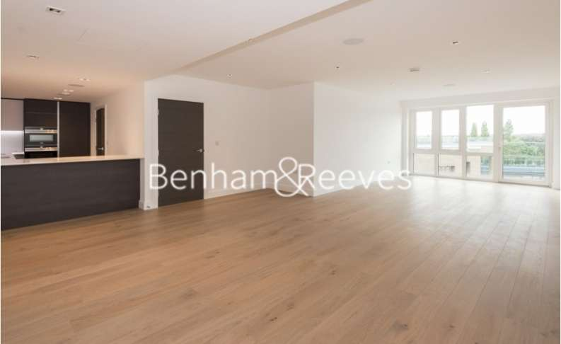 3 Bedrooms Apartment Flat for rent in Kew Bridge, Brentford, TW8