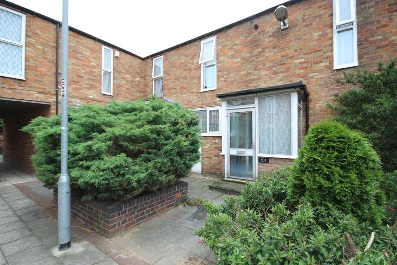 3 Bedrooms House for rent in Crosse Courts, Basildon, SS15