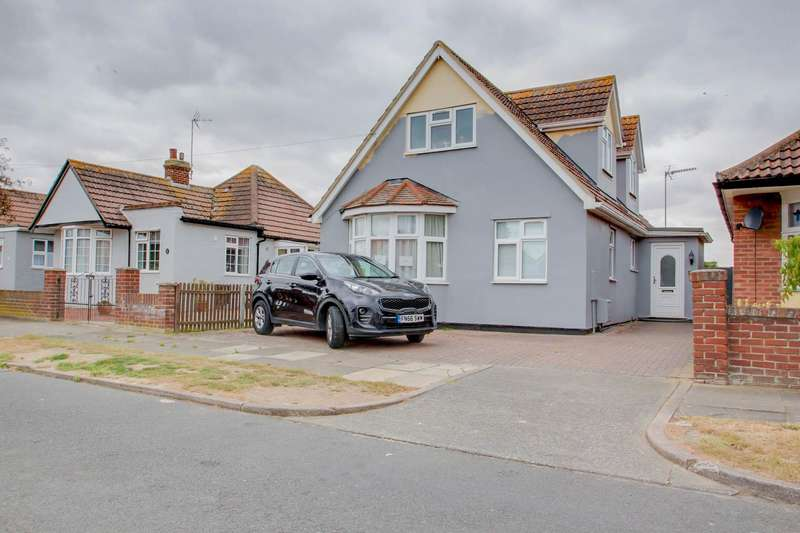 4 Bedrooms Detached House for sale in Ingarfield Road, Holland-On-Sea