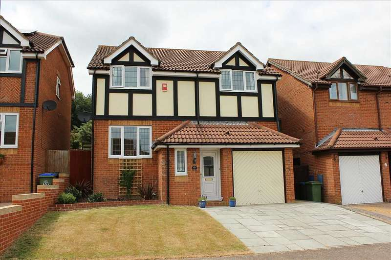 4 Bedrooms Detached House for sale in The Fairway, Augustfields, Newhaven