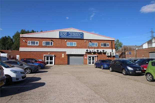 Commercial Property for rent in Lea Road, Waltham Abbey, Hertfordshire