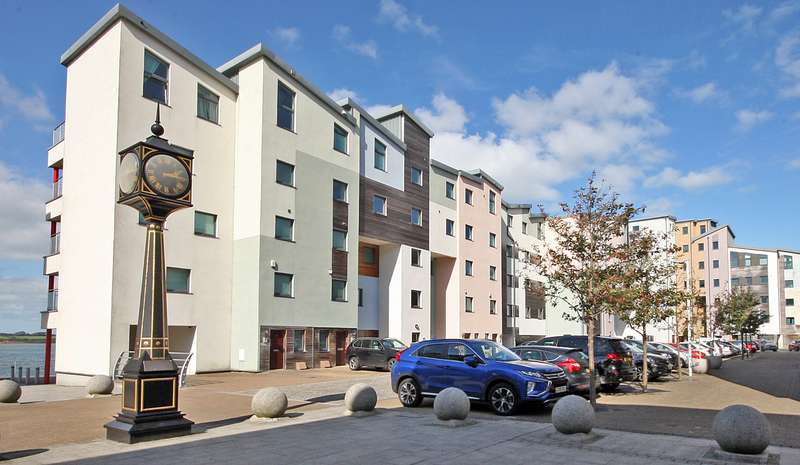 3 Bedrooms Apartment Flat for sale in Doc Fictoria, Caernarfon, LL55