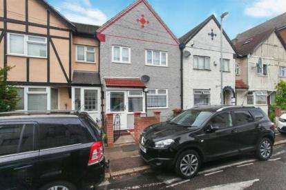 4 Bedrooms Terraced House for sale in Tanner Street, Barking