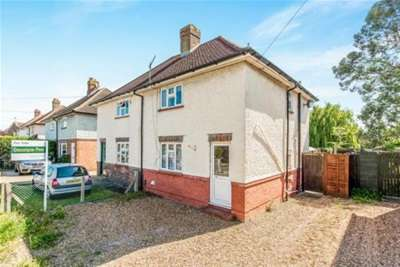 3 Bedrooms House for rent in Cypress Road, Guildford