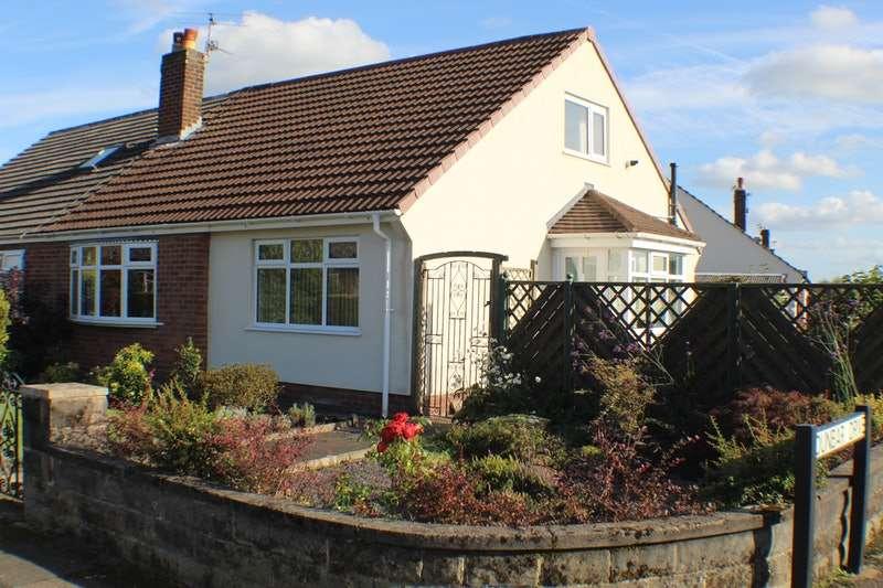 3 Bedrooms Semi Detached House for sale in Stratford Drive, Preston, Lancashire, PR2