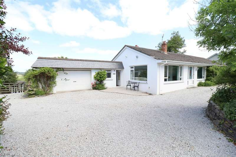 4 Bedrooms Detached Bungalow for sale in Quintrell Downs