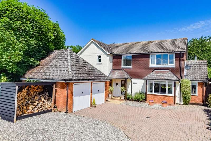 4 Bedrooms Detached House for sale in The Street, High Easter, Chelmsford