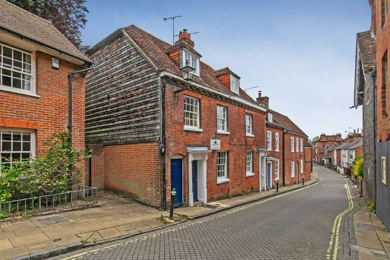 3 Bedrooms End Of Terrace House for sale in Canon Street, Winchester, SO23
