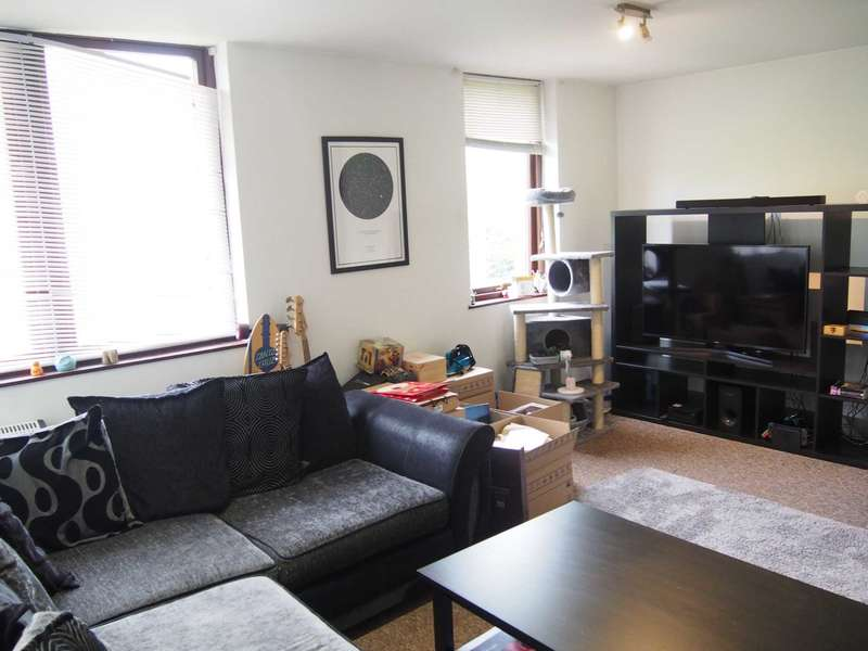 2 Bedrooms Flat for rent in Buckingham Place, High Wycombe