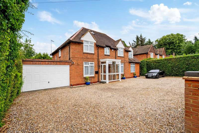 5 Bedrooms Detached House for sale in Burgess Wood Road South, Beaconsfield