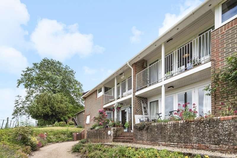 2 Bedrooms Flat for sale in Winton Hill, Stockbridge