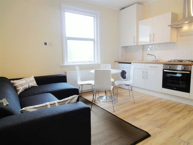 4 Bedrooms Flat for rent in Peckham High Street, Peckham