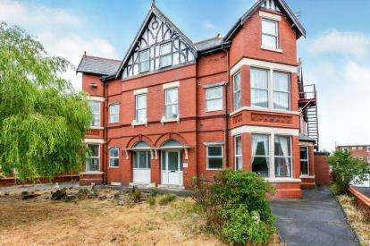 10 Bedrooms Detached House for sale in Clifton Drive, Lytham St. Annes, Lancashire, FY8