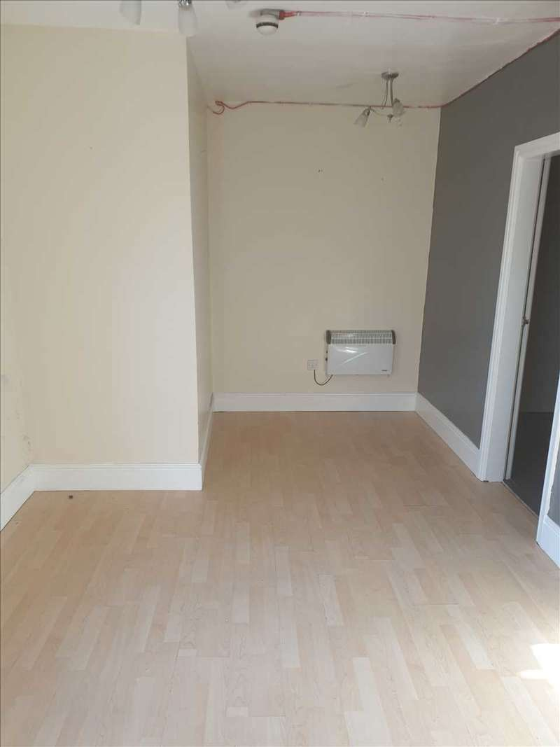1 Bedroom Apartment Flat for rent in Old Park Road, Dudley