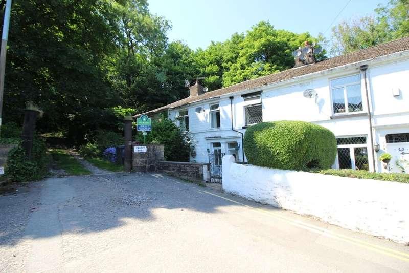 2 Bedrooms Property for sale in Astley Terrace, Darwen, BB3