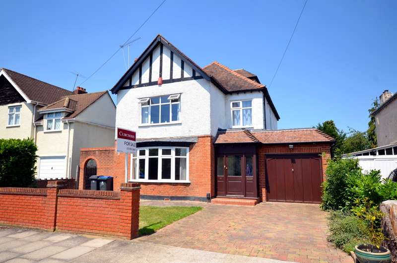 4 Bedrooms Detached House for sale in Cotsford Avenue, New Malden, KT3
