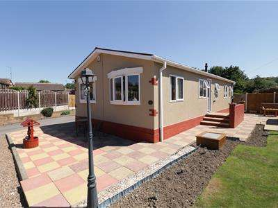 3 Bedrooms Chalet House for sale in Park Homes, Church Street, Mexborough