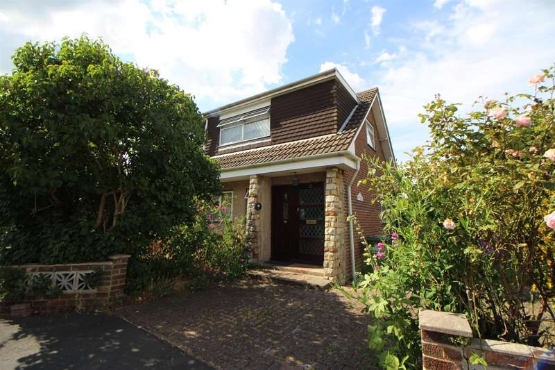 3 Bedrooms Detached House for sale in Flamstead End Road, Cheshunt, Waltham Cross, EN8