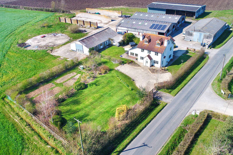 5 Bedrooms House for sale in House, buildings in 12.50 acres; Edington, Wiltshire