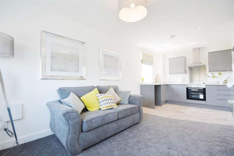 2 Bedrooms Flat for sale in Coopers Way, Devonshire Gardens, Blackpool, FY1 3RJ