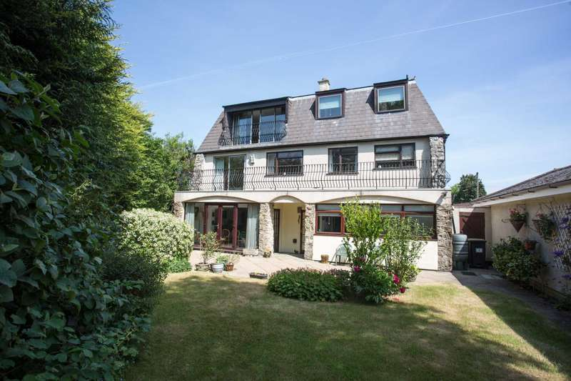4 Bedrooms Detached House for sale in Mill Lane, Blue Bell Hill