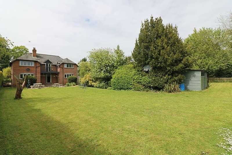 4 Bedrooms Detached House for sale in Stuston Lane, Stuston
