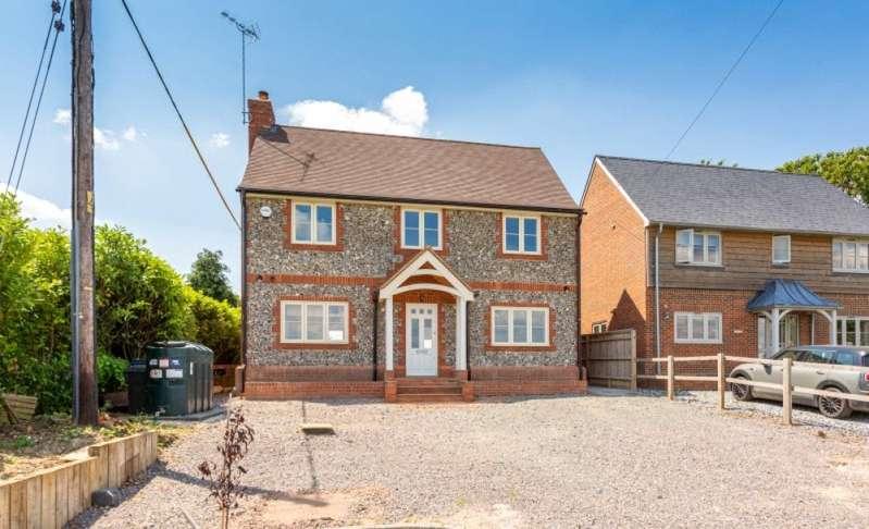 4 Bedrooms Detached House for sale in Wood End, Medmenham, Marlow, Buckinghamshire, SL7