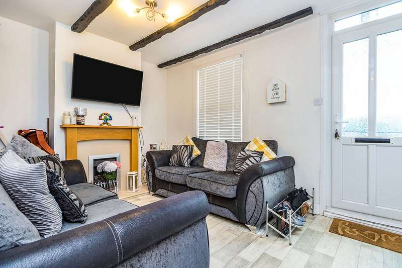 2 Bedrooms House for sale in Connaught Road, Chatham, Kent, ME4