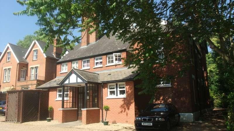 1 Bedroom Flat for rent in Creefleet House, Kew Road, TW9