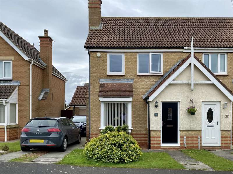 3 Bedrooms Semi Detached House for sale in Cotswold Drive, Ashington