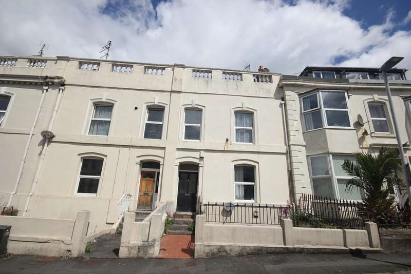 3 Bedrooms Apartment Flat for rent in Hill Park Crescent, North Hill, Plymouth PL4