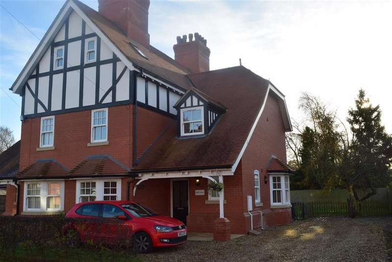 5 Bedrooms Semi Detached House for rent in Albany Road, Woodhall Spa, Lincolnshire, LN10 6TS