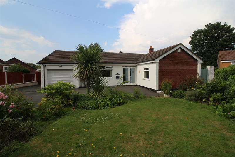 3 Bedrooms Bungalow for sale in Oxford Road, Runcorn, Cheshire, WA7 4PA
