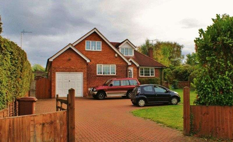 4 Bedrooms Property for rent in London Road Ruscombe, Reading