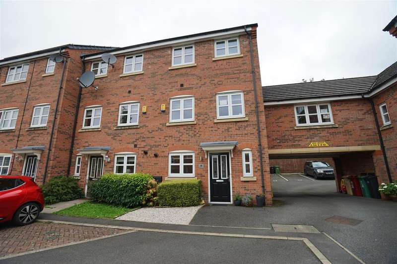 4 Bedrooms Town House for sale in Hydrangea Close, Westhoughton, Bolton