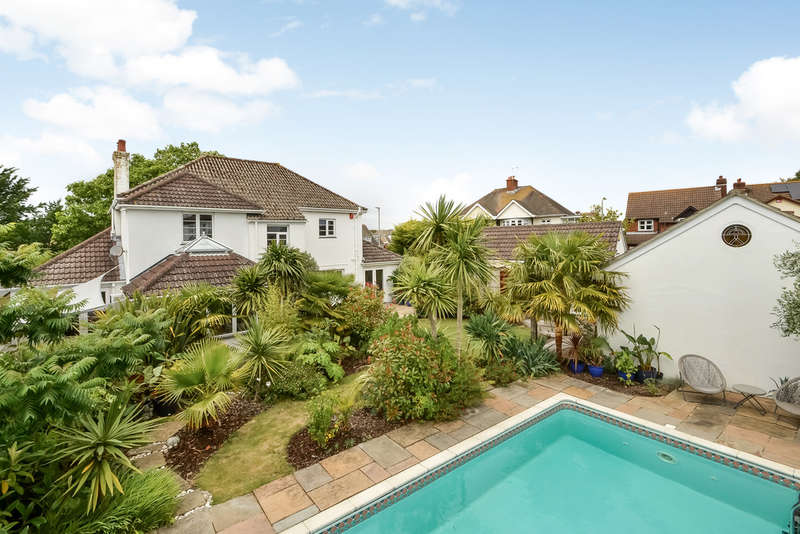 4 Bedrooms Detached House for sale in Alverstoke, Hampshire