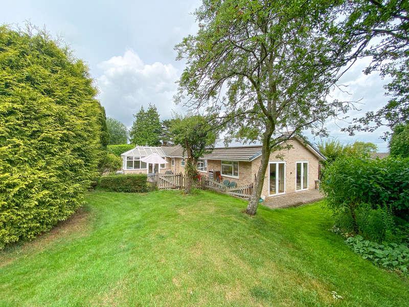 4 Bedrooms Detached Bungalow for sale in Long Itchington Road, Birdingbury, CV23 8EG