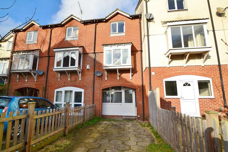 4 Bedrooms Terraced House for sale in Southampton
