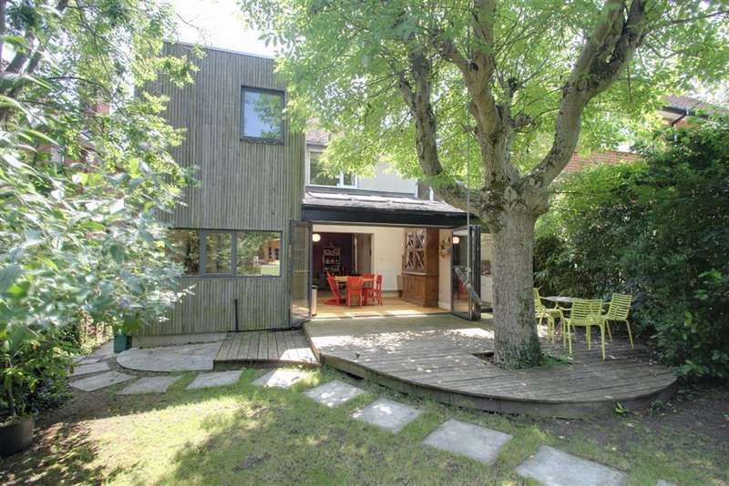 4 Bedrooms Detached House for sale in Kings Langley