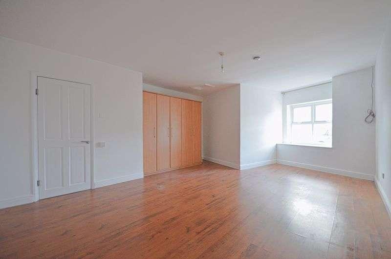 2 Bedrooms Property for sale in Church Street, Moor Row