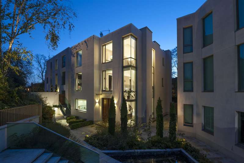 6 Bedrooms House for sale in West Heath Road, Hampstead NW3