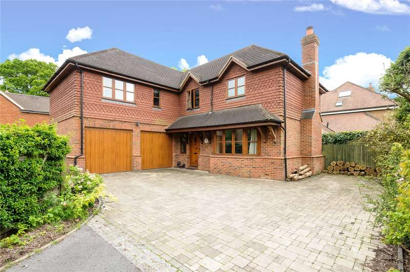 5 Bedrooms Detached House for sale in Arundel Close, Passfield, Liphook, Hampshire, GU30
