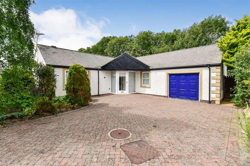 3 Bedrooms Detached Bungalow for sale in Derwentside Gardens, Cockermouth