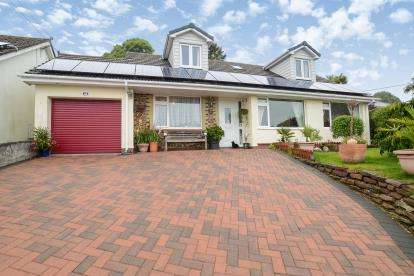 4 Bedrooms Bungalow for sale in St Austell, Cornwall, England