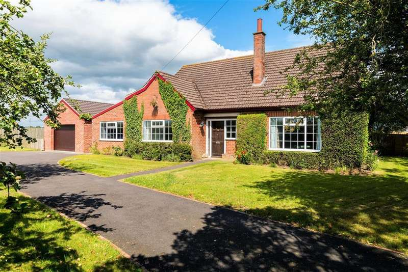 3 Bedrooms Detached House for sale in Thorpefield, Thirsk, YO7 3HH