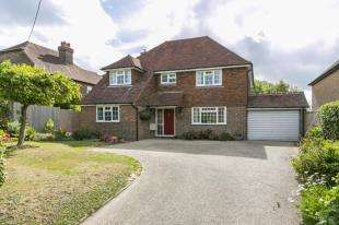 4 Bedrooms Detached House for sale in Cowbeech, Hailsham, East Sussex