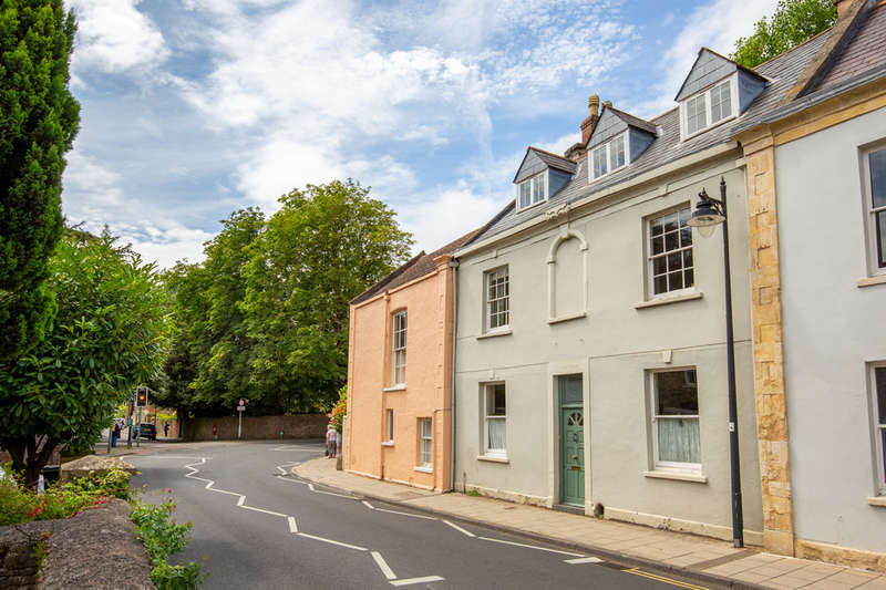 4 Bedrooms Town House for sale in St. Andrews Street, Wells