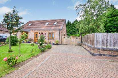3 Bedrooms Bungalow for sale in Columbia Avenue, Sutton-in-Ashfield