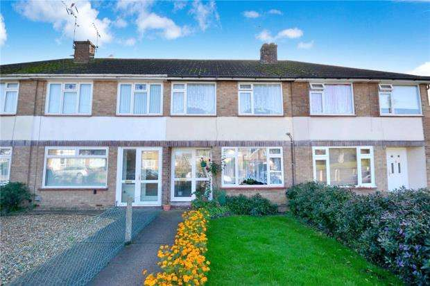3 Bedrooms Terraced House for sale in Crown Road, Clacton-on-Sea, Essex